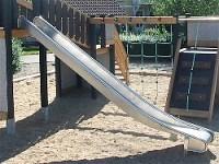 Anbauedelstahlrutsche ohne Ohren 200cm hoch